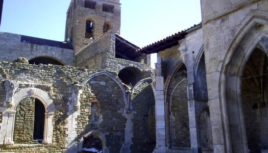 Conjunt monumental de Sant Pere: Col·legiata i castell